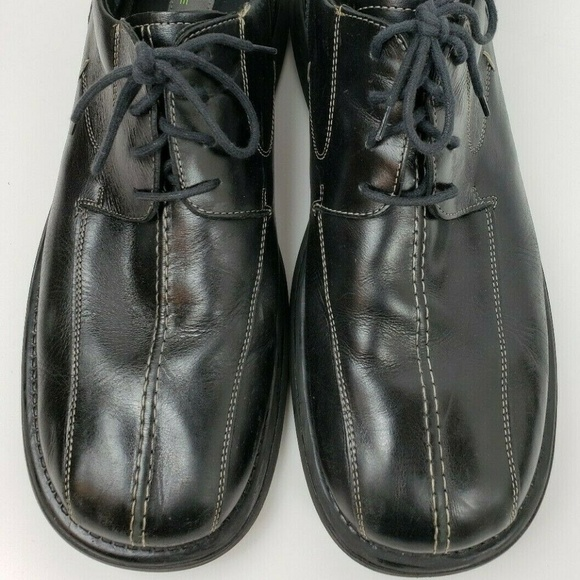 Kenneth Cole Reaction Other - KENNETH COLE REACTION Black Leather Oxfords